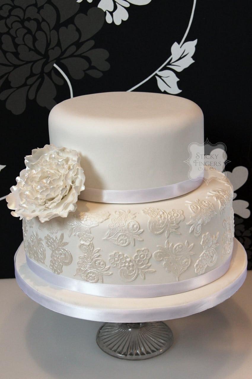 Wedding Cake - Evie