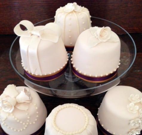 Mini Wedding Cakes…