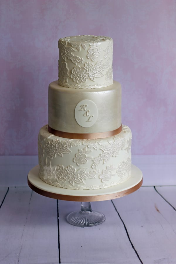 Wedding Cake - Bella