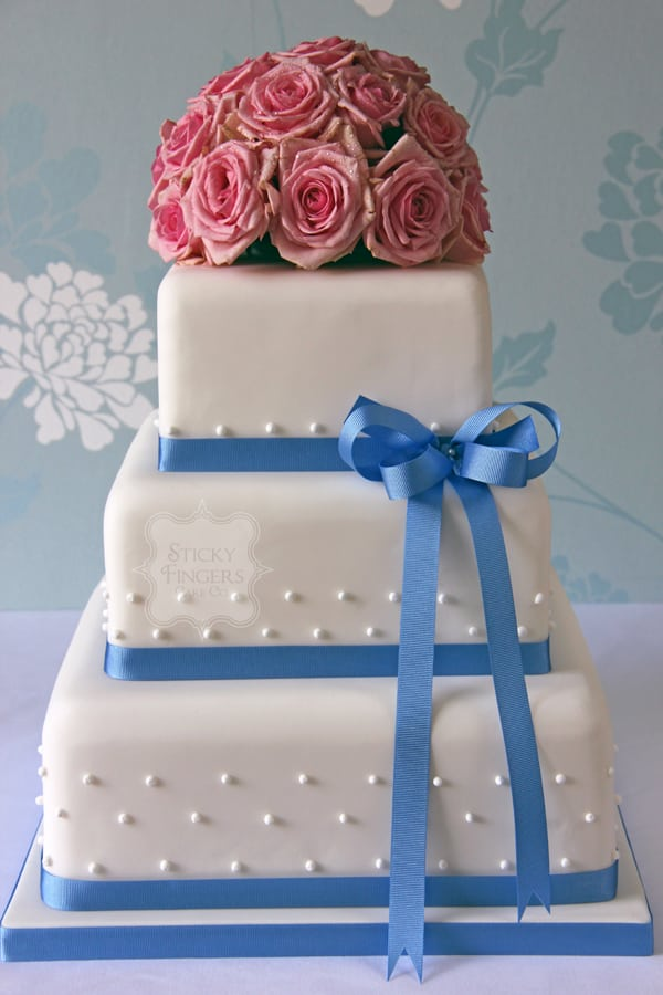 Wedding Cake - Dots and Bow