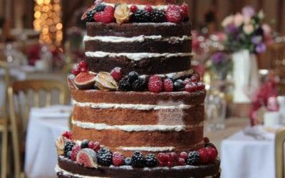 """""""Naked"""" Wedding Cakes… (Oh I Say!)"""