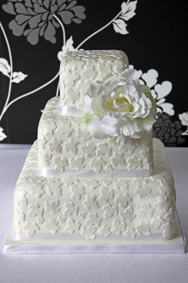 Wedding Cake - Ivy