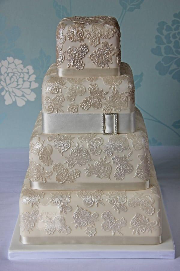Wedding Cake - Jeanie