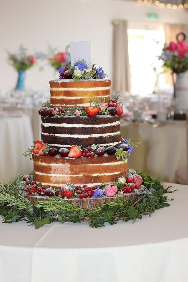 Naked Wedding Cake Coggeshall – Houchins Farm, 2nd July 2016