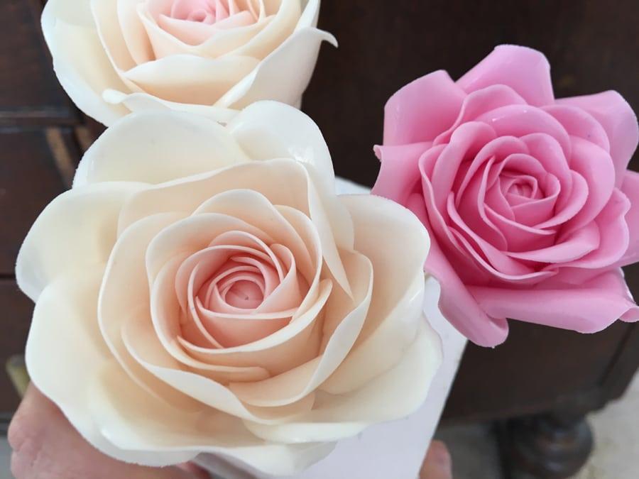 Sugar Roses for Wedding Cake