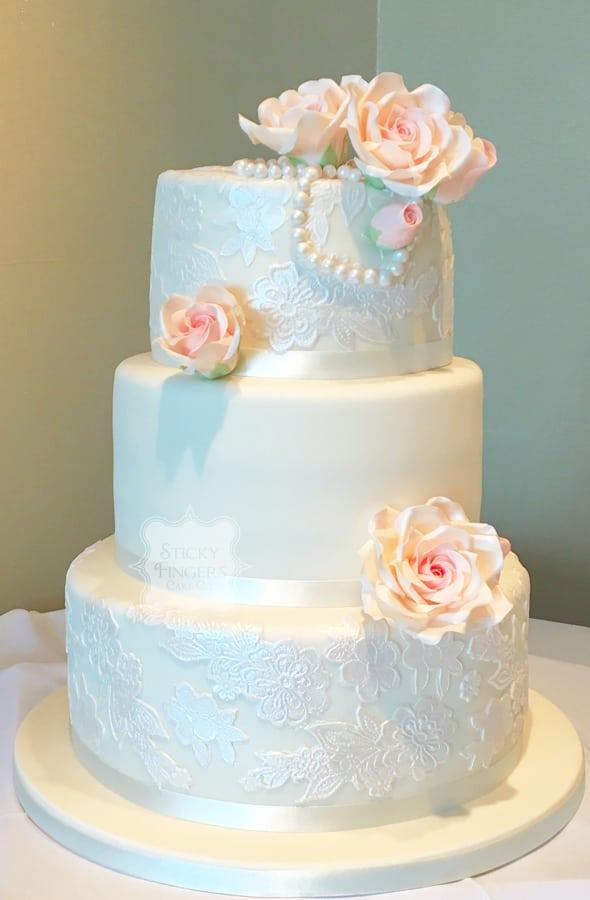 3 Tier Iced Wedding Cake, Southend-on-Sea, Essex – Roslin Beach Hotel, 29th July 2017