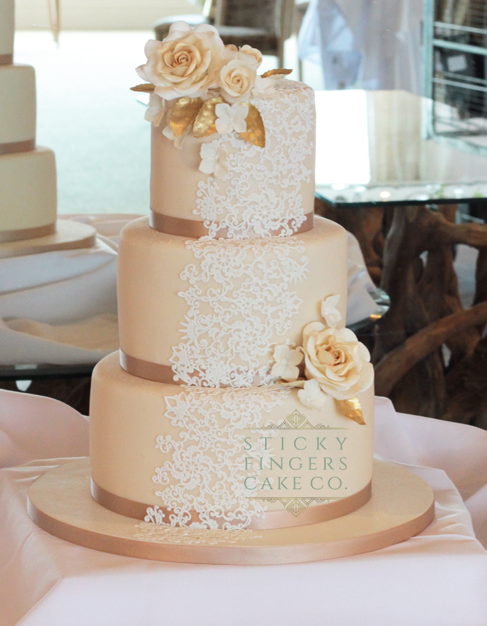 3 Tier iced Wedding Cake, Roslin Beach Hotel Southend, 31st August 2018