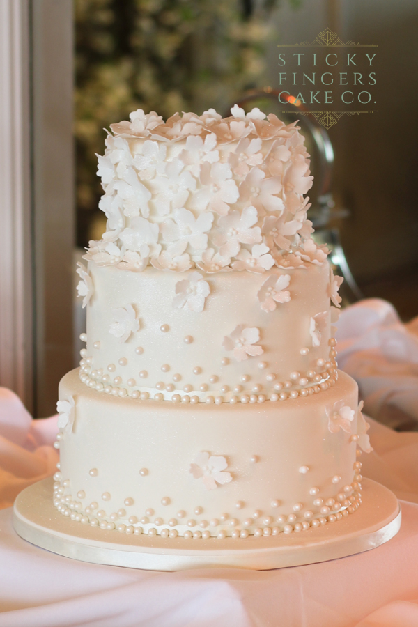 3 Tier Wedding Cake – Roslin Beach Hotel, Southend-on-Sea, 15th June 2019